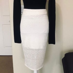 Forever 21 lace pencil skirt.